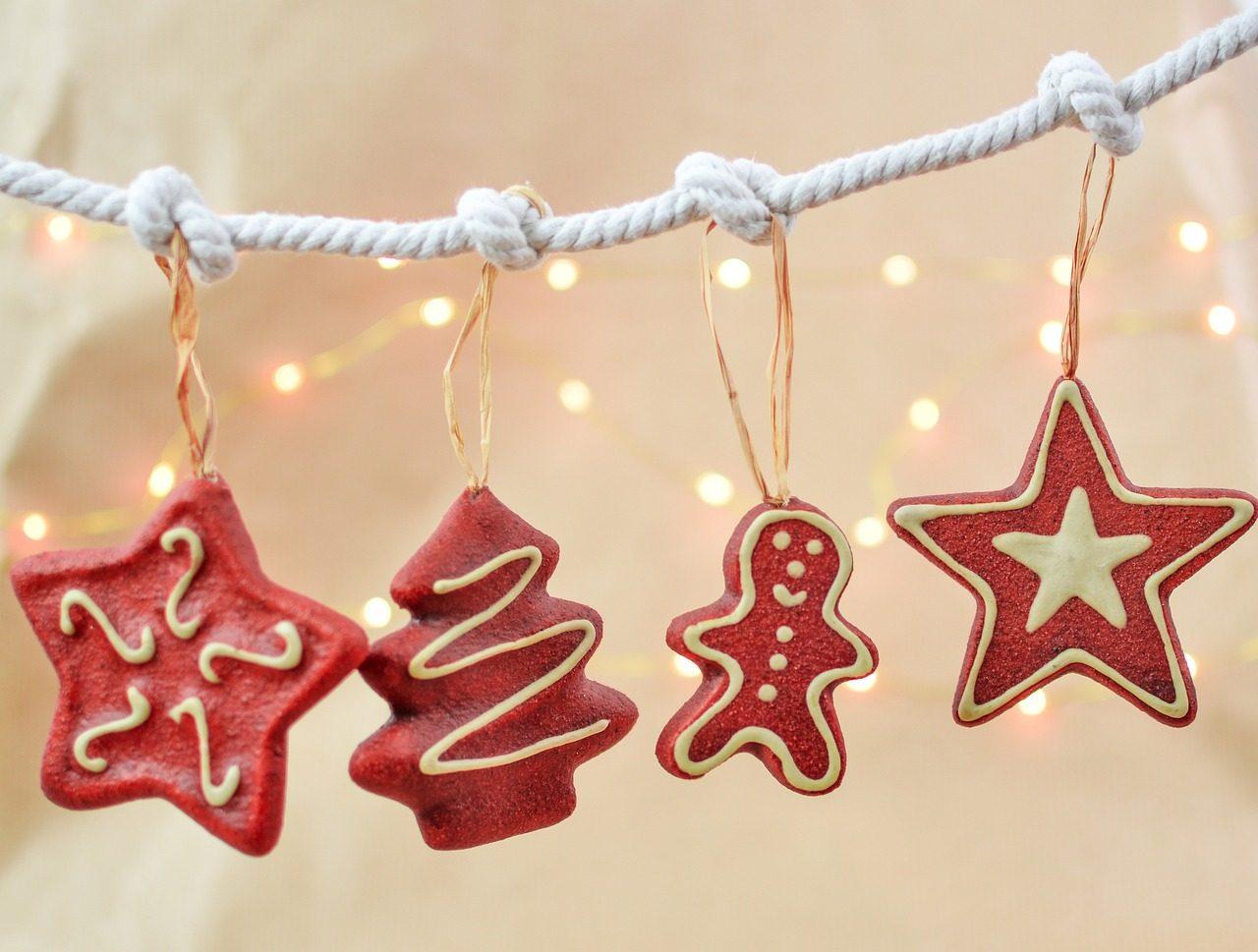 christmas-2939156_1280-1280x969.jpg
